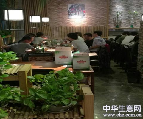 成熟商业广场餐饮转让项目图片