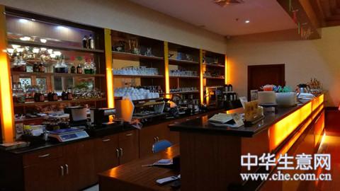 宝山经营路盈利中咖啡馆转让项目图片
