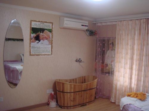 韩式木桶浴美容房间装修效果图